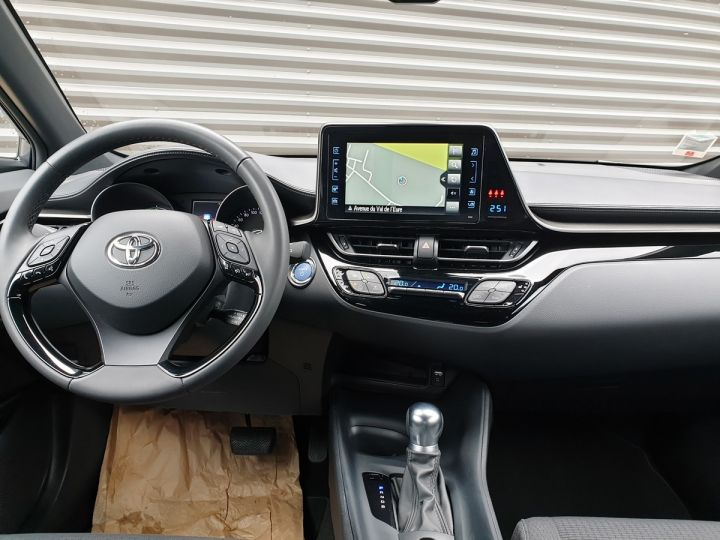 Toyota C-HR hr 1.8 hybrid bva cvt 3 600 km neuve Gris Anthracite Occasion - 5