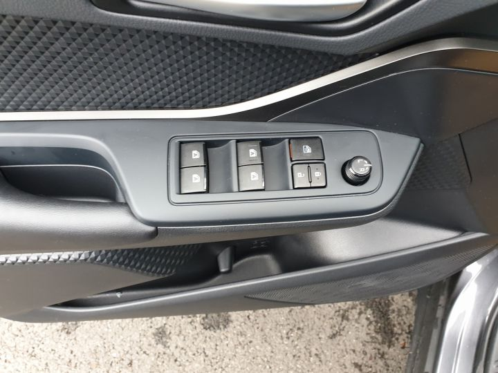 Toyota C-HR hr 1.8 hybrid bva cvt 3 600 km neuve Gris Anthracite Occasion - 11