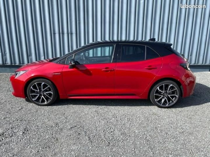 Toyota Corolla 122h collection Rouge - 6