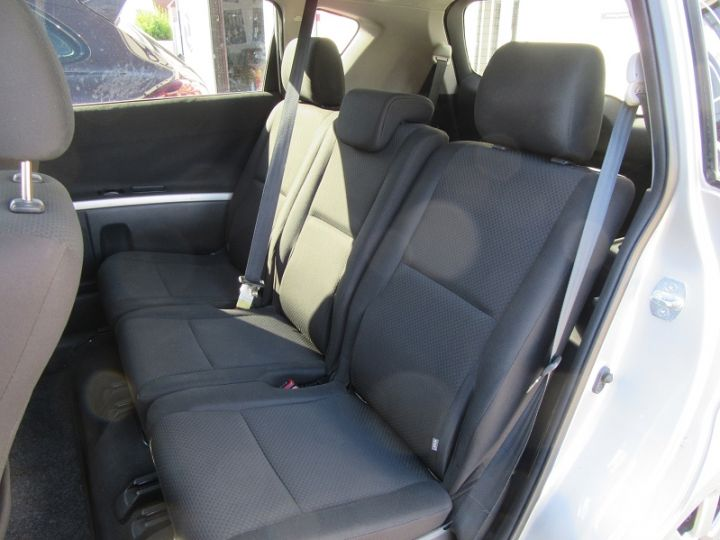 Toyota COROLLA Verso 136 D-4D TECHNO 7 PLACES Gris Clair Occasion - 10