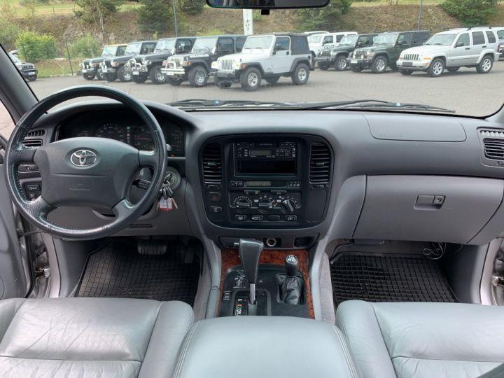 Toyota LAND CRUISER 100 SW 4.2 L TD VXE 204 CV Boite Auto Gris clair - 12