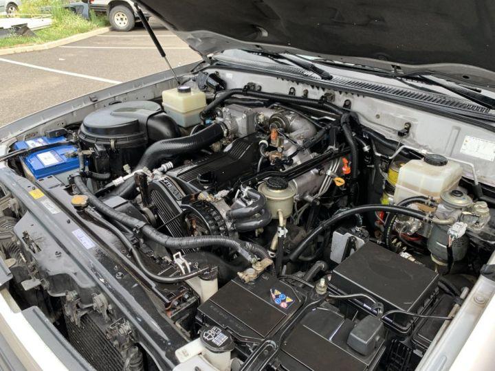 Toyota LAND CRUISER 100 SW 4.2 L TD VXE 204 CV Boite Auto Gris clair - 15