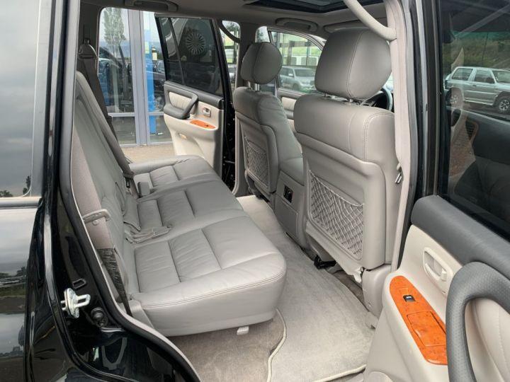 Toyota Land Cruiser HDJ100 SW 4.2 L TD 204 CV VXE Boite Auto Noir - 9