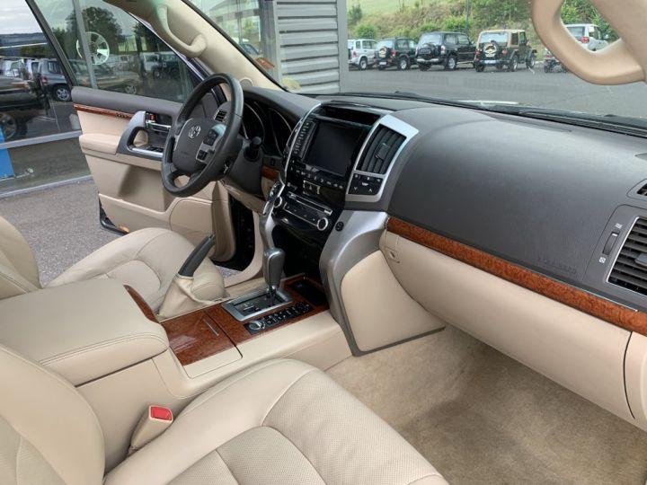 Toyota LAND CRUISER VDJ 200 4.5 L V8 D4D 272 CV Lounge  Gris anthracite - 17
