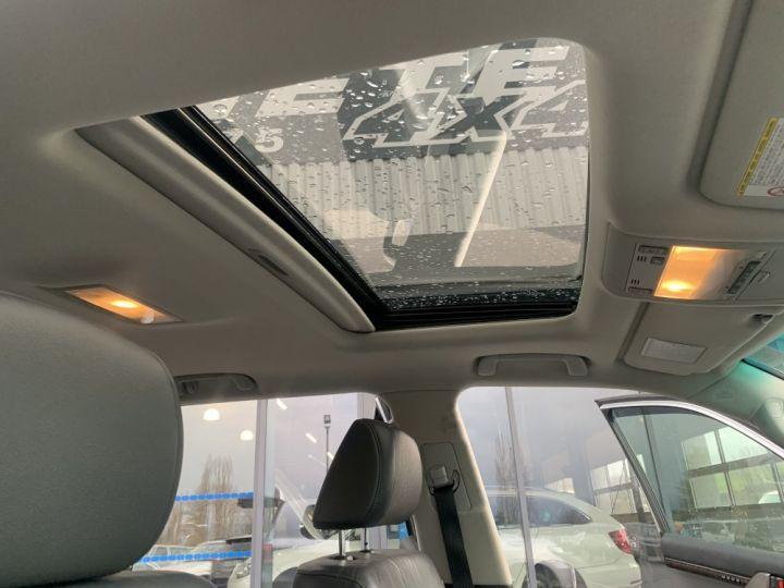 Toyota Land Cruiser VDJ 200 4.5 L V8 D4D 286 CV Lounge Gris clair - 13