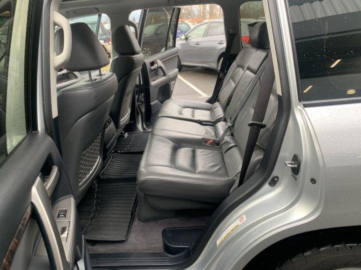 Toyota Land Cruiser VDJ 200 4.5 L V8 D4D 286 CV Lounge Gris clair - 16