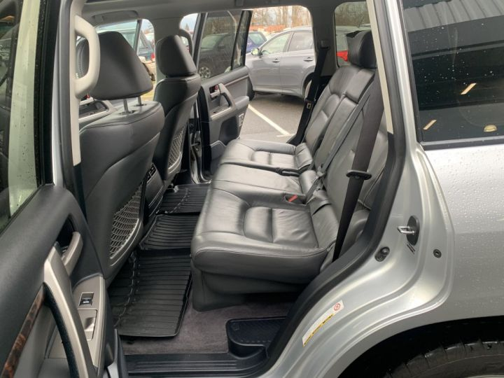 Toyota Land Cruiser VDJ200 4.5 L V8 D4D 286 CV Lounge Gris clair - 16