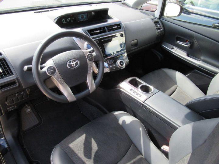 Toyota Prius 136H SKYVIEW TSS Noir - 2
