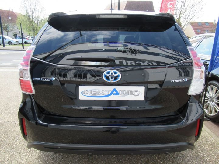 Toyota Prius 136H SKYVIEW TSS Noir - 9
