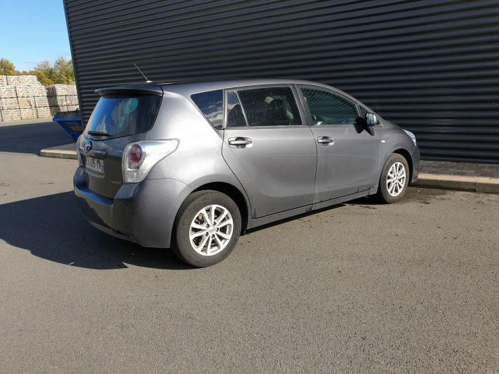 Toyota Verso 126 4d active i Gris Occasion - 15
