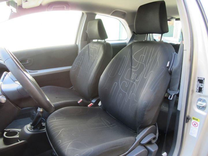 Toyota YARIS 69 VVT-I UP 3P BEIGE Occasion - 4