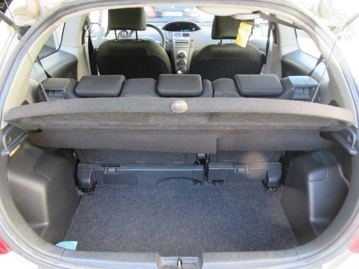 Toyota YARIS 69 VVT-I UP 3P BEIGE Occasion - 9