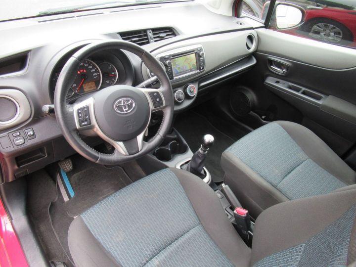 Toyota Yaris 90 D-4D ACTIVE 5P Rouge - 2