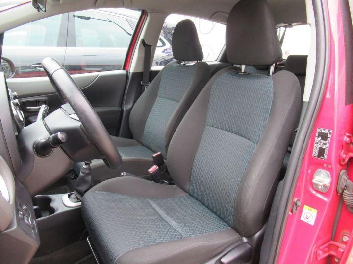 Toyota Yaris 90 D-4D ACTIVE 5P Rouge - 4