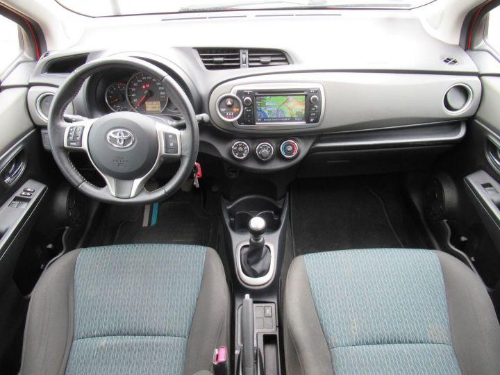 Toyota Yaris 90 D-4D ACTIVE 5P Rouge - 8