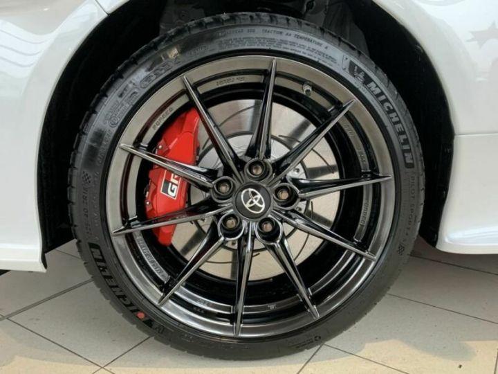 Toyota Yaris GR 1.6l 261 cv 4x4 PACK TRACK blanc - 8
