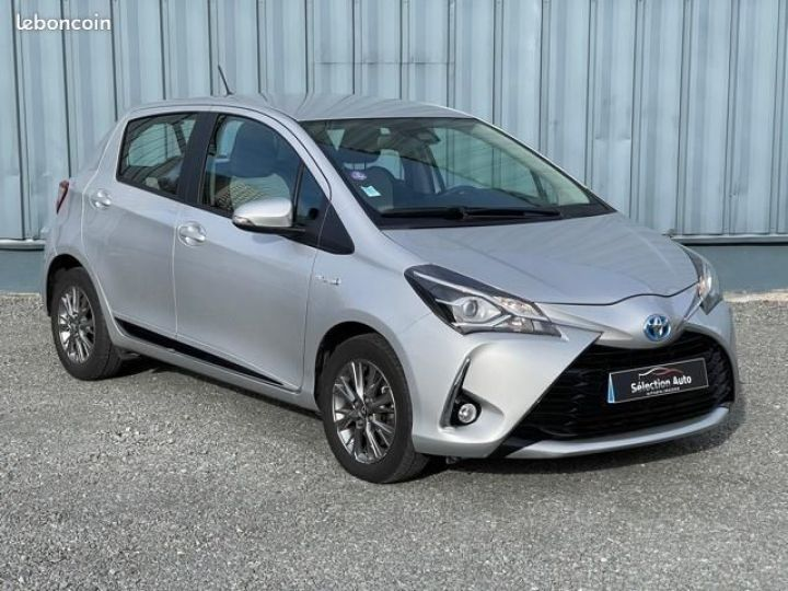 Toyota Yaris hybrid 100h dynamic business Gris - 2