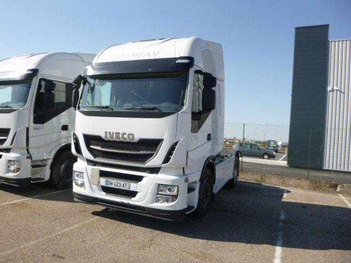 Tractor truck Iveco Stralis Hi-Way AS440S48 TP E6 Blanc - 1