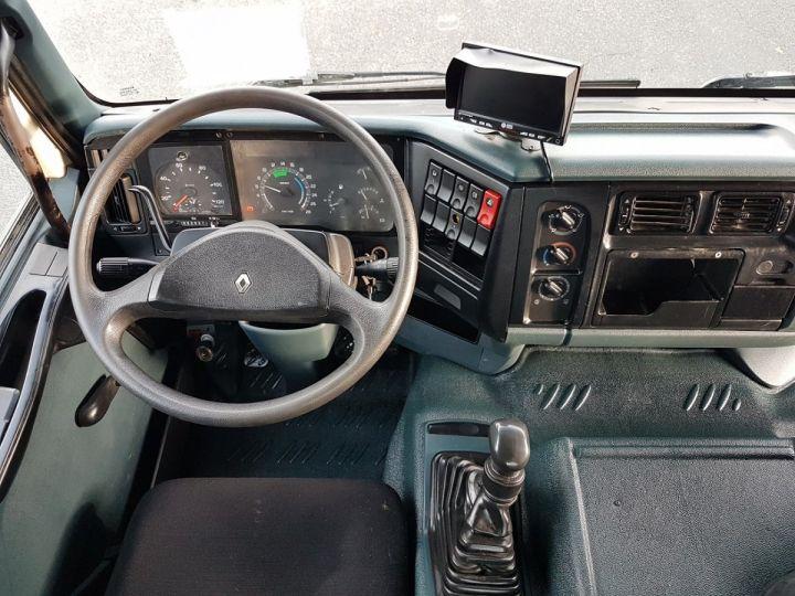 Tractor truck Renault Kerax 400.19 LAMES VERT - BEIGE - 15