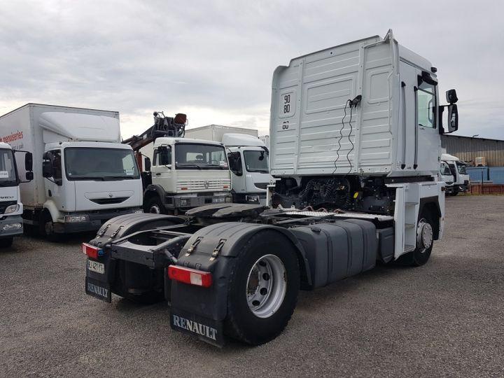 Tractor truck Renault Magnum 440dxi OPTIDRIVER BLANC - 2