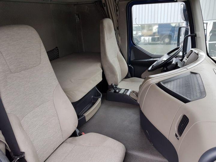 Tractor truck Renault Premium 450dxi MANUAL BLEU GEFCO - 9