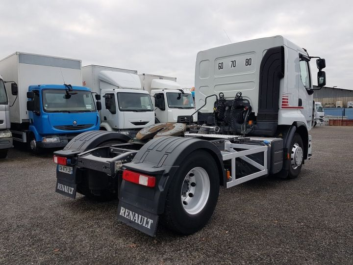 Tractor truck Renault Premium 460dxi EEV - RTMD/ADR BLANC - 2