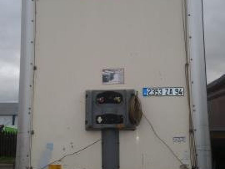 Trailer Fruehauf Curtain side body  - 2
