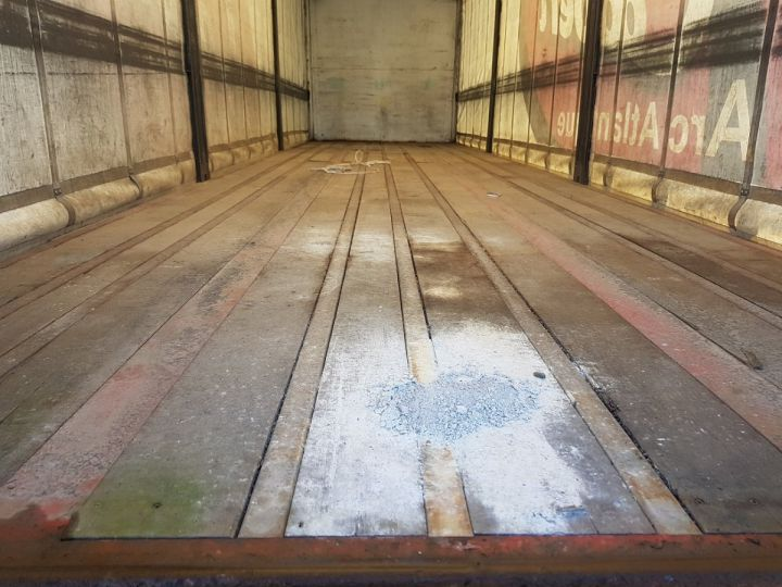 Trailer Leveques Curtain side body P.L.S.C. 10m40 PORTE-CHARIOT MANITOU BLANC - ROUGE - 9