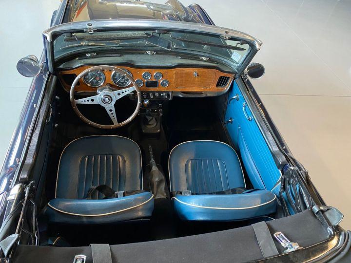Triumph TR4A IRS BLEUE - 2