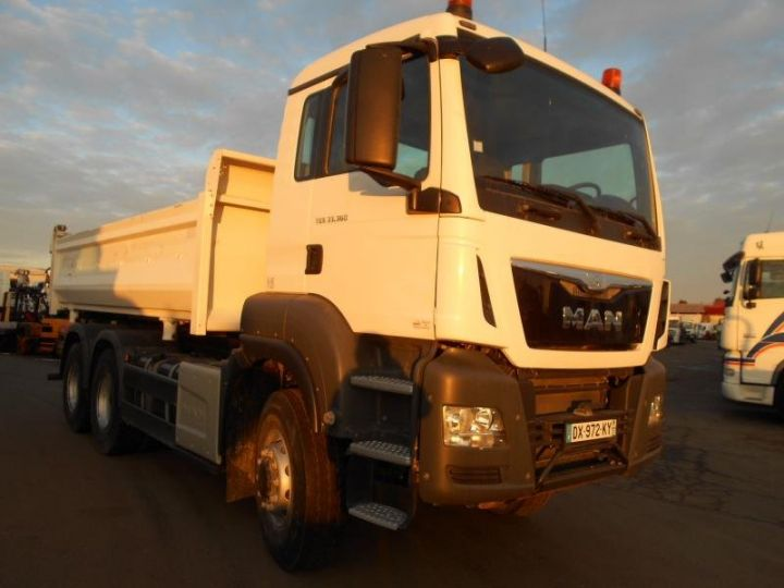 Trucks Man TGS 2/3 way tipper body 33.360  - 2