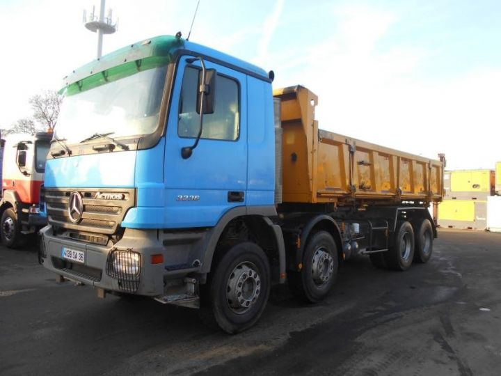 Trucks Mercedes Actros 2/3 way tipper body 3236  - 25