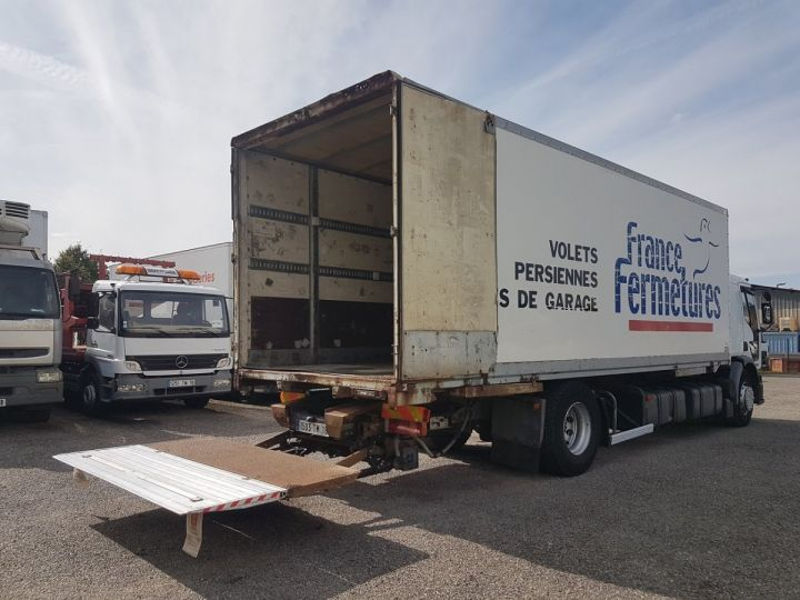 Trucks Renault Premium Box body + Lifting Tailboard 270dci.18D - Pour pièces BLANC - 3