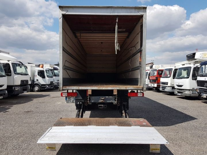 Trucks Renault Premium Box body + Lifting Tailboard 310dxi.19D PRIVILEGE - Fourgon abimé BLANC - 6