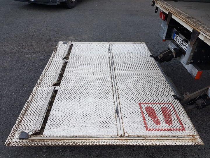 Trucks Renault D Box body + Lifting Tailboard 12.210dti euro 6 BLANC - 8