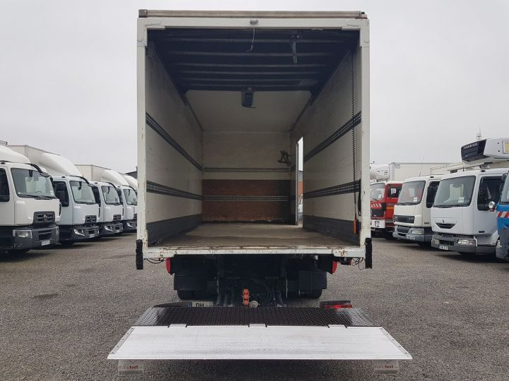 Trucks Renault D Box body + Lifting Tailboard 12.210dti FOURGON 6m50 BLANC - 6