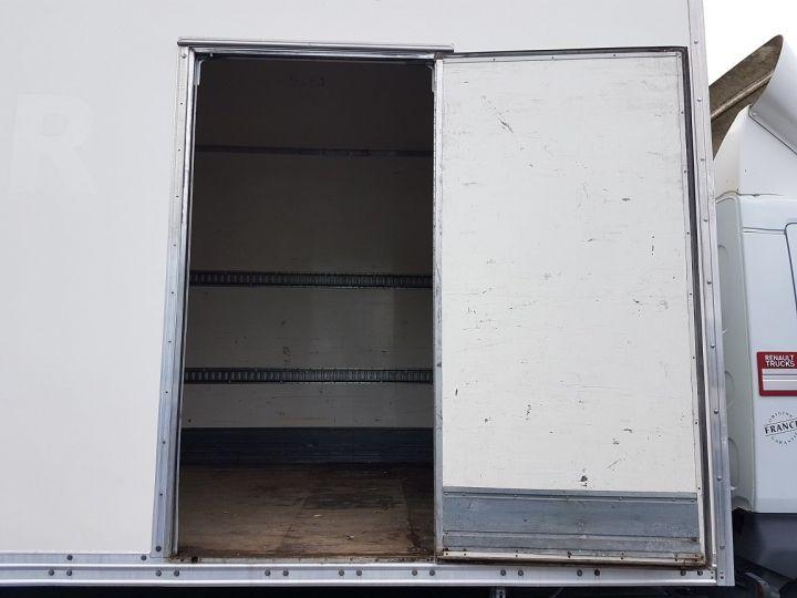 Trucks Renault D Box body + Lifting Tailboard MED 12.210dti FOURGON 7m50 BLANC - 9