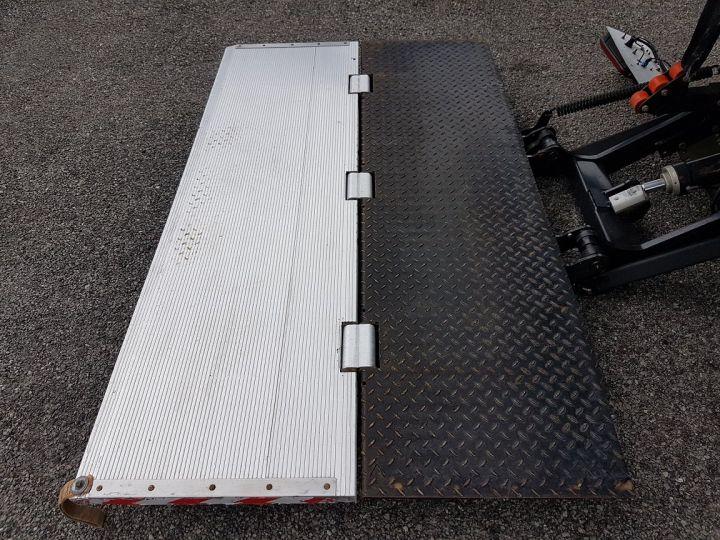 Trucks Renault D Box body + Lifting Tailboard MED 12.210dti FOURGON 7m50 BLANC - 10