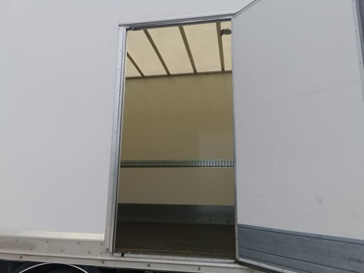Trucks Volvo FM Box body FM 330 4x2 euro 6 BLANC - 6