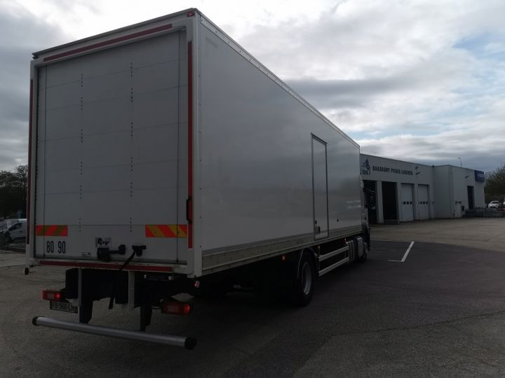 Trucks Volvo FM Box body FM 330 4x2 euro 6 BLANC - 7