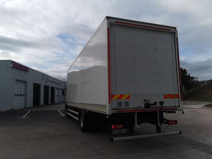 Trucks Volvo FM Box body FM 330 4x2 euro 6 BLANC - 8