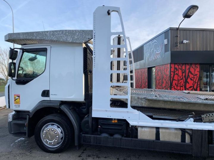 Trucks Renault Car carrier body RENAULT PREMIUM 460 PORTE VOITURE REMORQUE LOHR blanc - 4