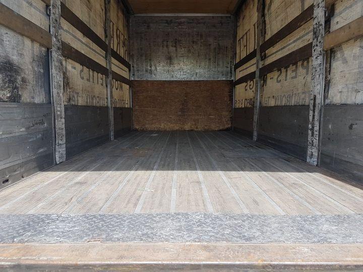 Trucks Volvo FH13 Curtain side body 500 + SAMRO 3 essieux (2002) - COMBI 110m3 BLANC - 9
