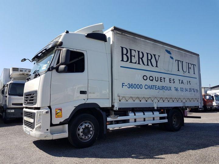 Trucks Volvo FH13 Curtain side body 500 + SAMRO 3 essieux (2002) - COMBI 110m3 BLANC - 1