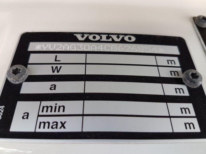Trucks Volvo FH13 Curtain side body 500 + SAMRO 3 essieux (2002) - COMBI 110m3 BLANC - 15