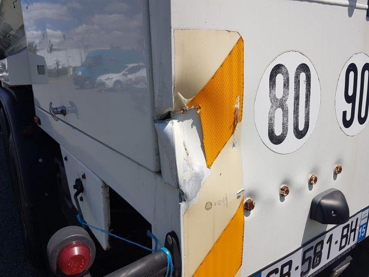 Trucks Daf CF85 Foodstufs tank body 460 6x4 BLANC - 17