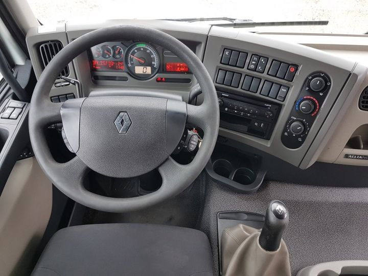 Trucks Renault Premium Fuel tank body 310dxi.19 BLANC - 17