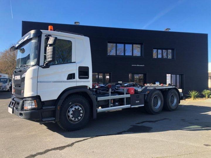 Trucks Scania G Hookloader Ampliroll body 410 BLANC - 1