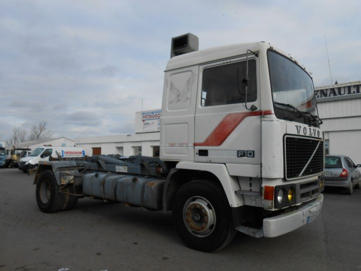 Trucks Volvo F Hookloader Ampliroll body 10 4x2 GUIMA 14 - A réparer BLANC - 3