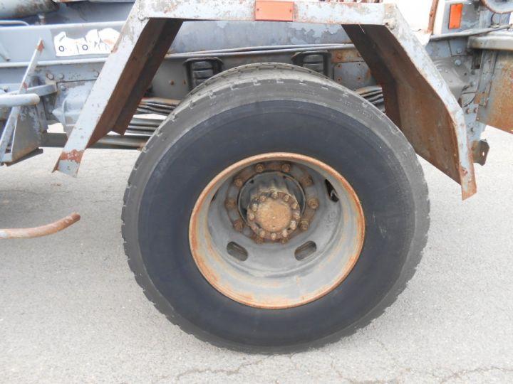 Trucks Volvo F Hookloader Ampliroll body 10 4x2 GUIMA 14 - A réparer BLANC - 12