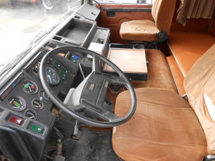 Trucks Volvo F Hookloader Ampliroll body 10 4x2 GUIMA 14 - A réparer BLANC - 13
